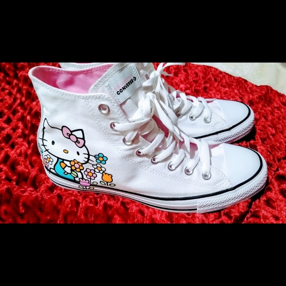Hello Kitty Chuck Taylor's NWOT firm price